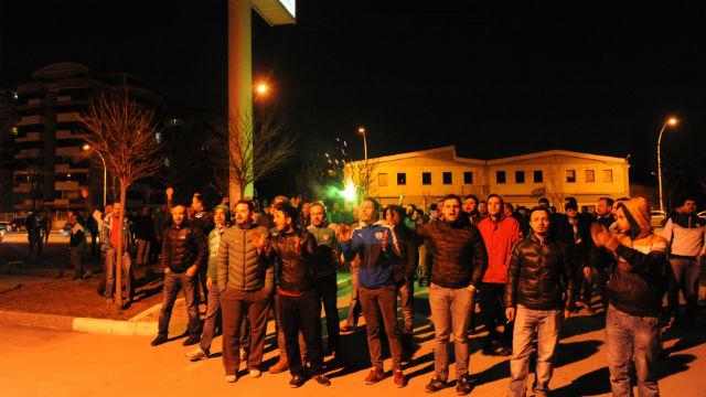 Bursasporlu oyunculara saldırı