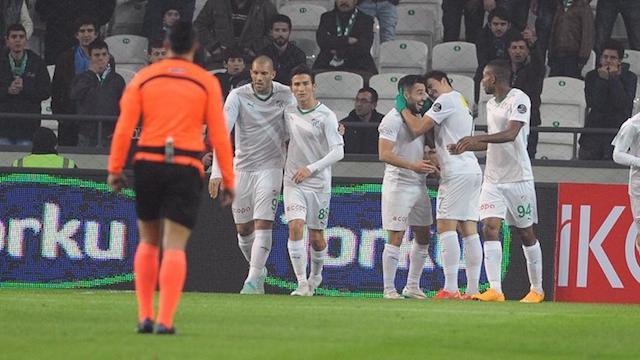 Bursaspor son dakikada güldü
