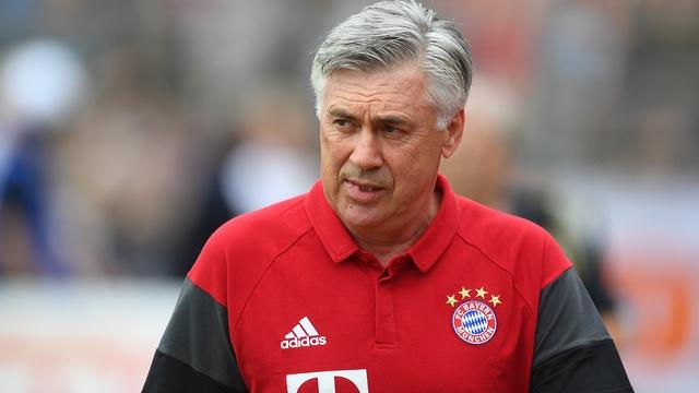Bayern Münih hocasını gönderdi!