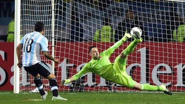 Arjantin penaltılarla turladı