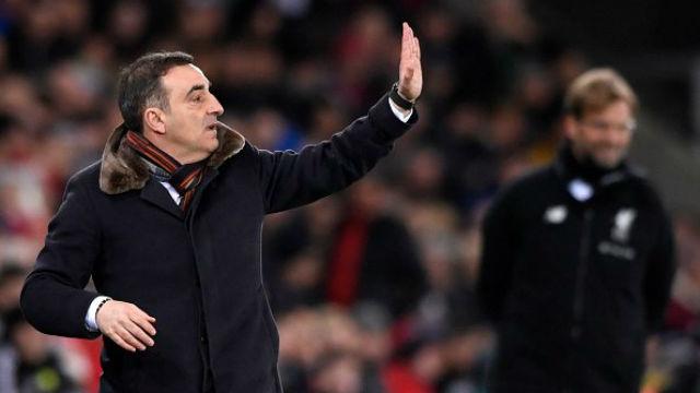 Swansea Liverpool'a 'dur' dedi