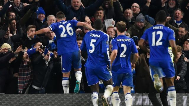 Chelsea, puanı son anda kurtardı!