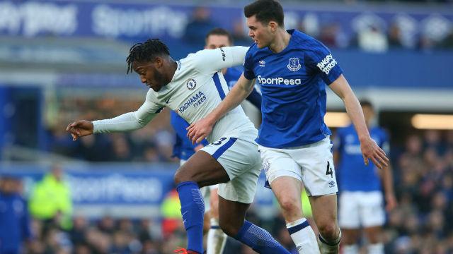 Chelsea, Everton duvarını delemedi