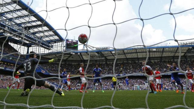 Chelsea Arsenal'e cezayı kesti