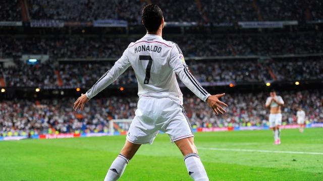Ronaldo kendi tarihini yazdı
