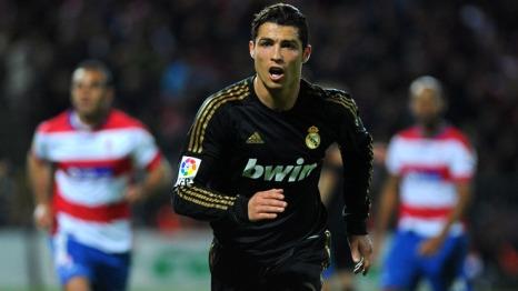 Ronaldo Hugo Sanchez'i Geçti