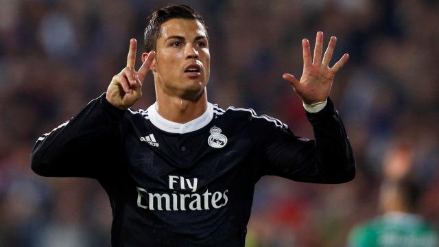 Ronaldo'nun 2 golü kaldı