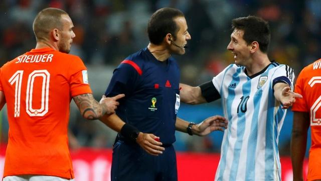 Dünya devi Sneijder'in peşinde...