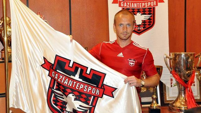 Gaziantepspor, Larsson'u renklerine kattı