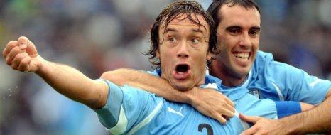 Kaptan Lugano'dan 2 Gol