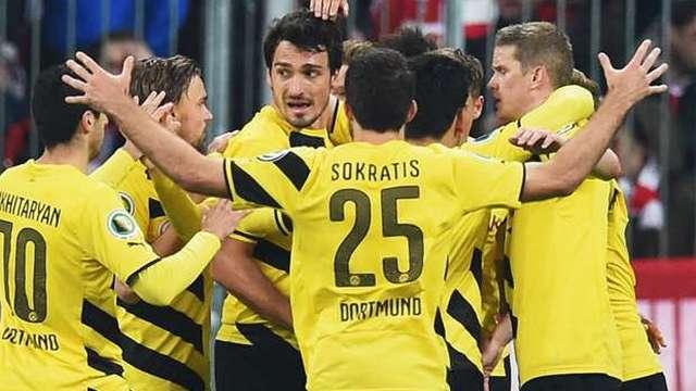 Dortmund farka koştu