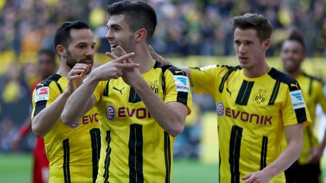 Dortmund, Levenkusen'e patladı