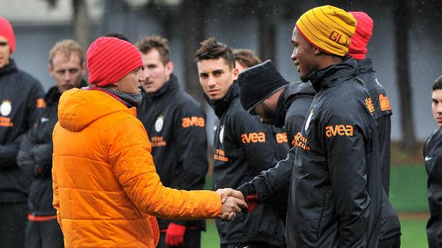 Galatasaray'da gelecek sezon planlaması