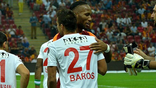 Baros: Galatasaray'ın parçasıyım