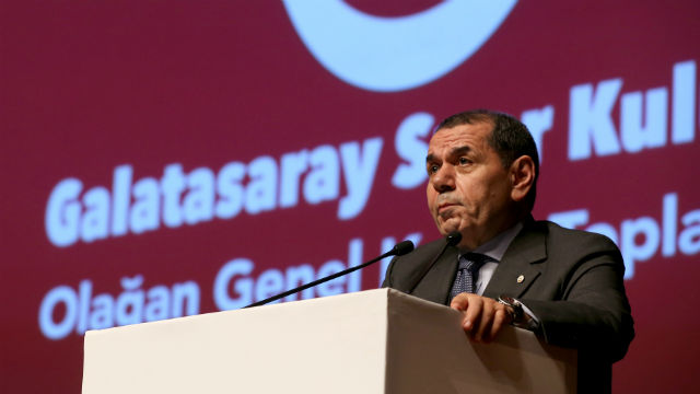 Galatasaray yönetimi ibra edildi!