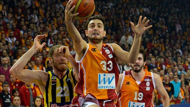 Galatasaray'da Ender ve Kerem kadro dışı