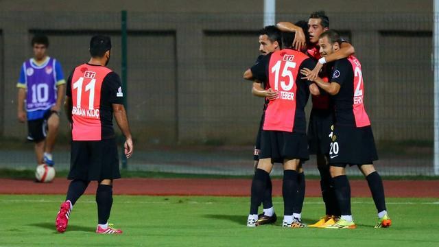 Eskişehirspor kupada coştu!