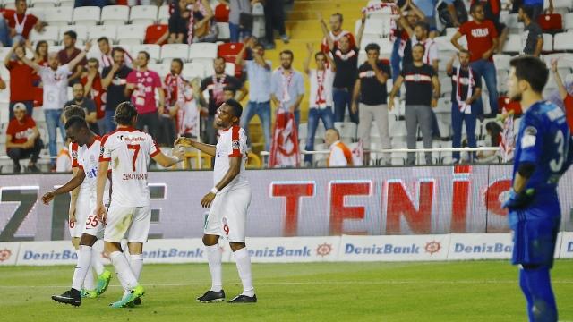 Antalyaspor'dan farklı kapanış