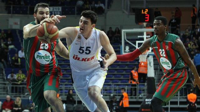 Fenerbahçe İstanbul'da kazandı
