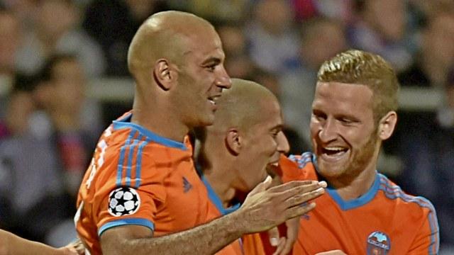 Feghouli Valencia'yı sırtladı!