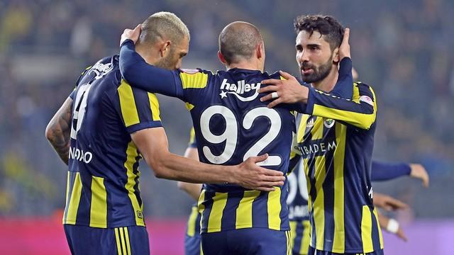 Başakşehir'e Fenerbahçe 'Dur' dedi