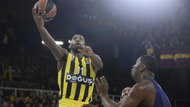 Fenerbahçe, Barcelona'ya fark attı