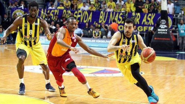 Fenerbahçe seriyi 2-0 yaptı!