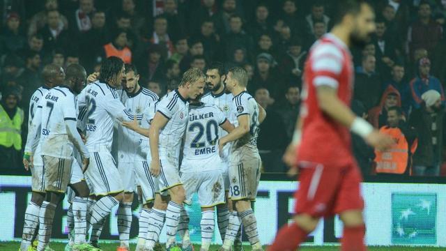 Fenerbahçe virajı aldı!