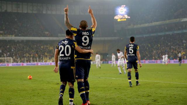 Fernandao Fenerbahçe'yi ipten aldı!