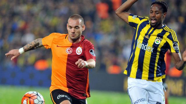 Sneijder cezalı duruma düştü