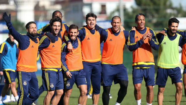 Fenerbahçe'ye Diego ve Alper'den iyi haber