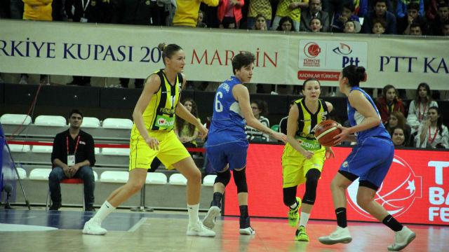 Fenerbahçe yarı finalde veda etti