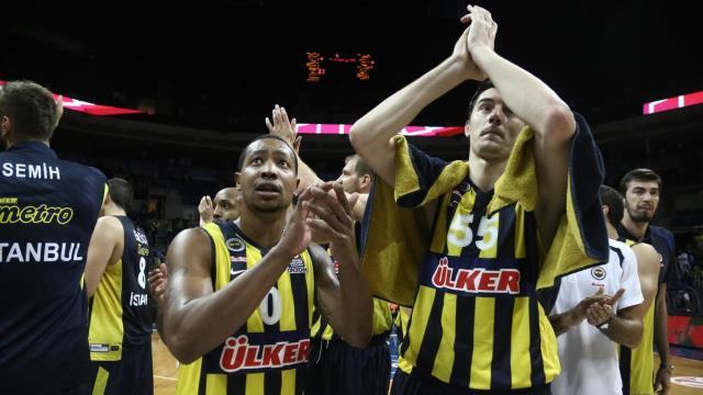 Fenerbahçe Atina semalarında