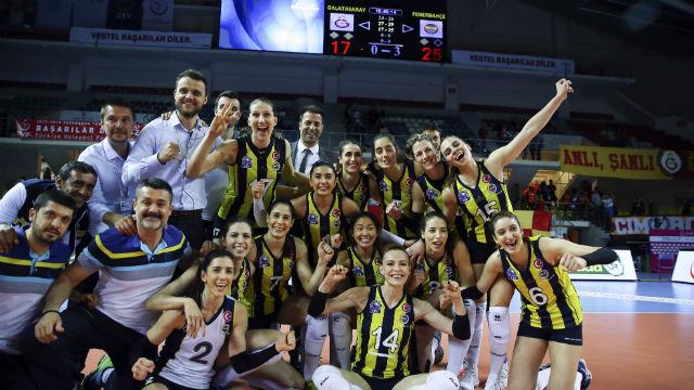 Fenerbahçe ligi 3. sırada bitirdi