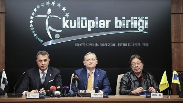 'Başakşehir'in kapıları Mesut'a açık'