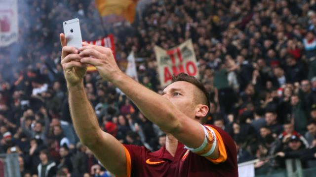 Totti 'Selfie'yi anlattı!