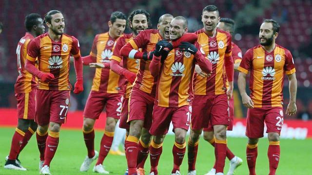 Sneijder yoksa sıkıntı var!