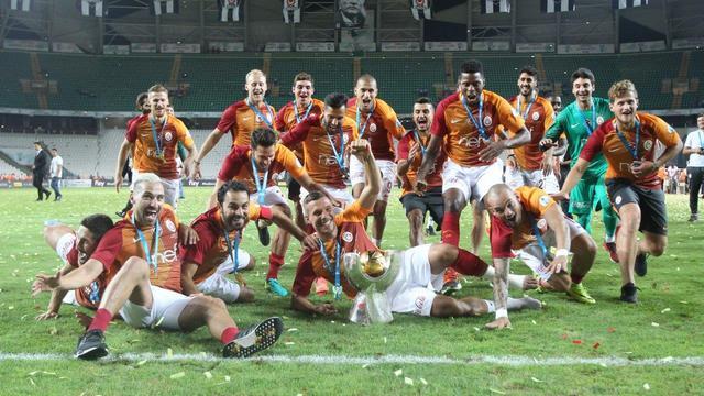 Galatasaray sezonu 'sessiz' açıyor!
