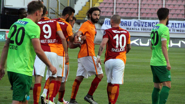 Cimbom Akhisar'ı penaltılarla devirdi