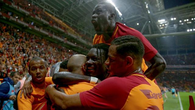 Galatasaray bir kez daha tarihe geçti
