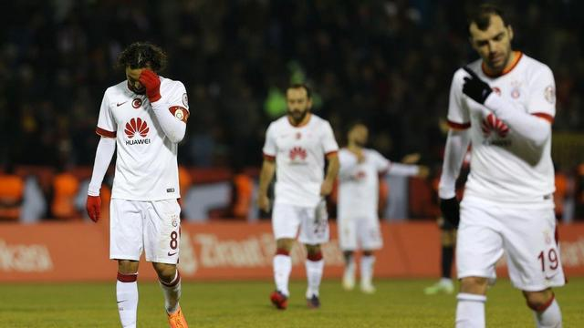 Galatasaray liderliği Eskişehir'de bıraktı