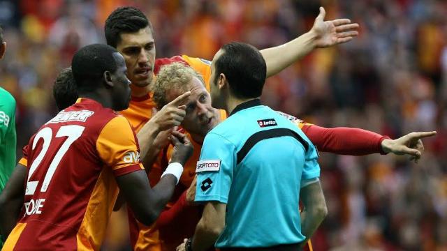 TFF: 4 - Türk futbolu: 0