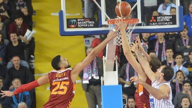 Galatasaray ligde güldü