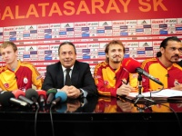 Galatasaray'da İmza Şov!