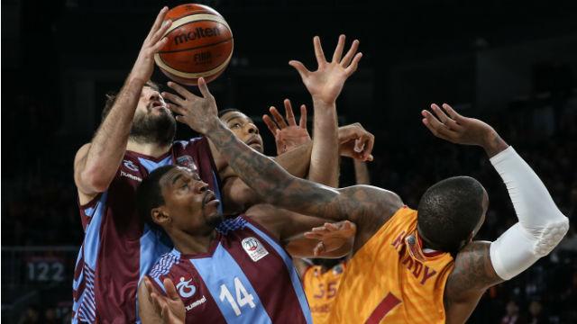 Galatasaray iddiasını sürdürdü