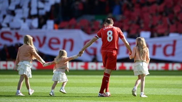 Gerrard veda etti...