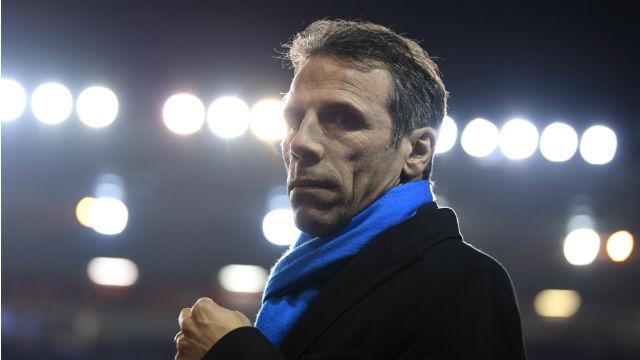 Gianfranco Zola, Sarri'nin yardımcısı oldu