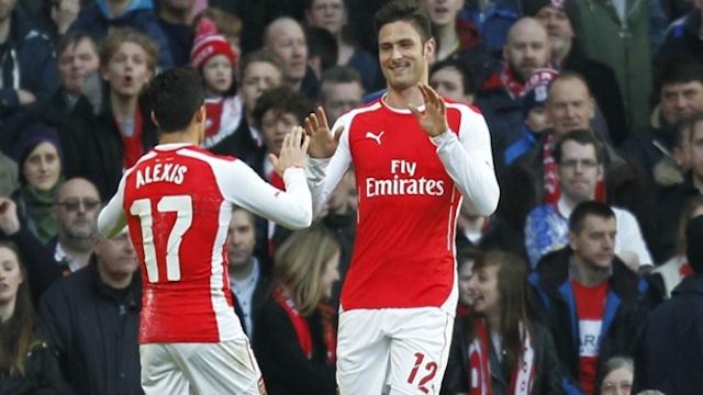 Arsenal Giroud ile turladı