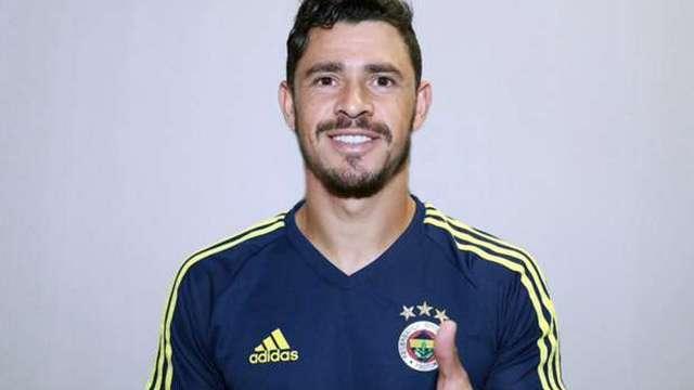 Giuliano resmen Fenerbahçe'de!