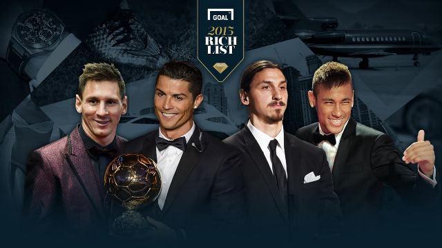FLAŞ! Ronaldo Messi'yi sildi süpürdü